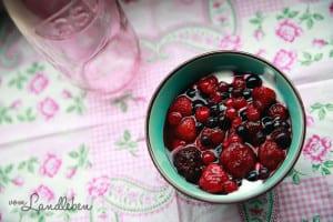 Rezept: Beeren-Dessert im Glas