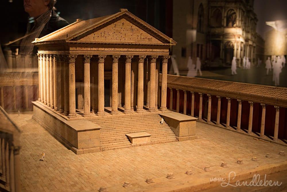 Modell des römischen Kapitolstempels