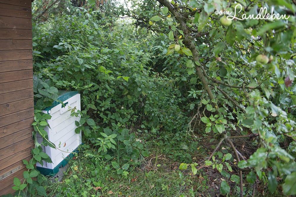 Gartenarbeit auf unserem Grundstück