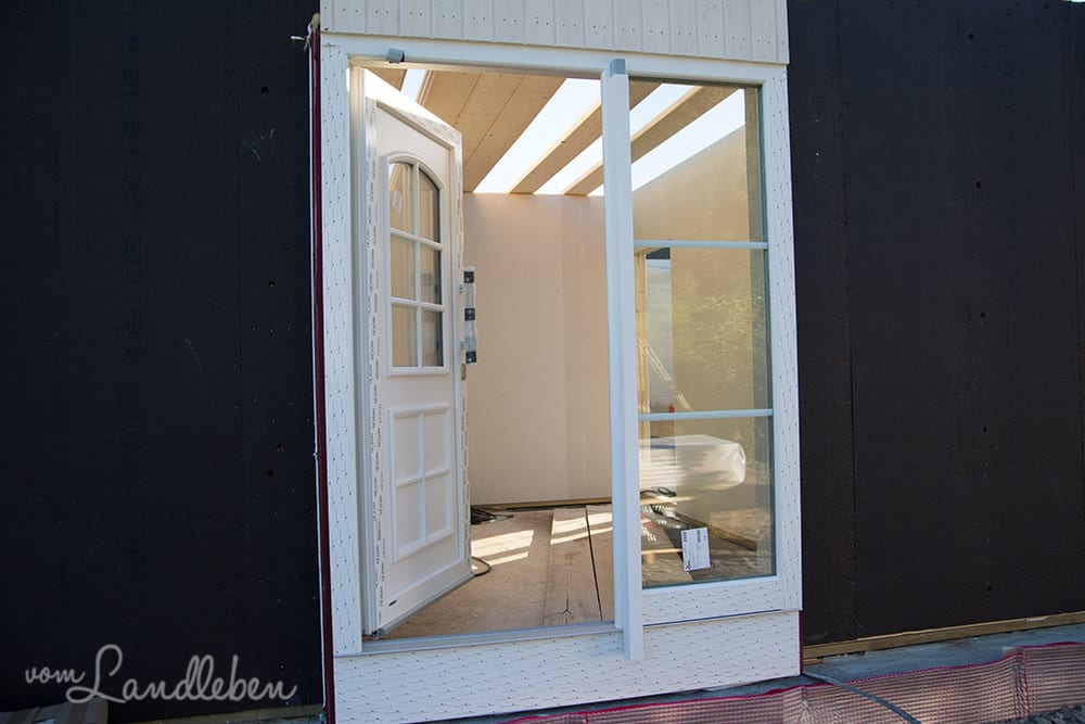 Die Haustür von außen