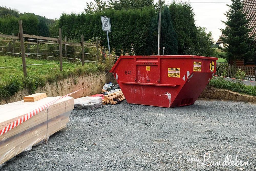 Container auf unserer Baustelle