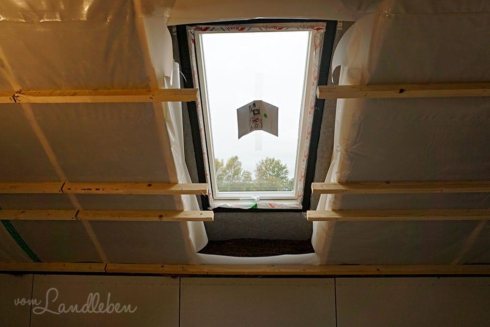 Das Dachflächenfenster in meinem Arbeitszimmer