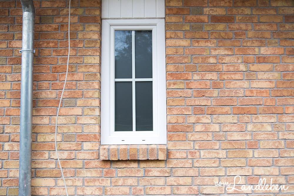 Das Fenster vom Gäste-WC. Das Glas ist übrigens Satinovo.