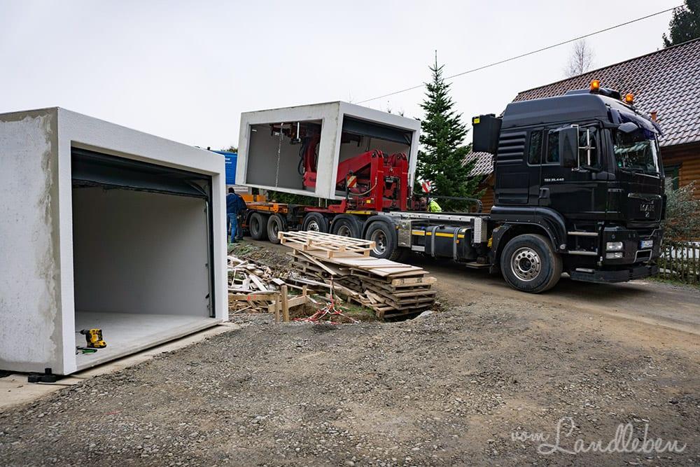 Lieferung der Garage von Zapf