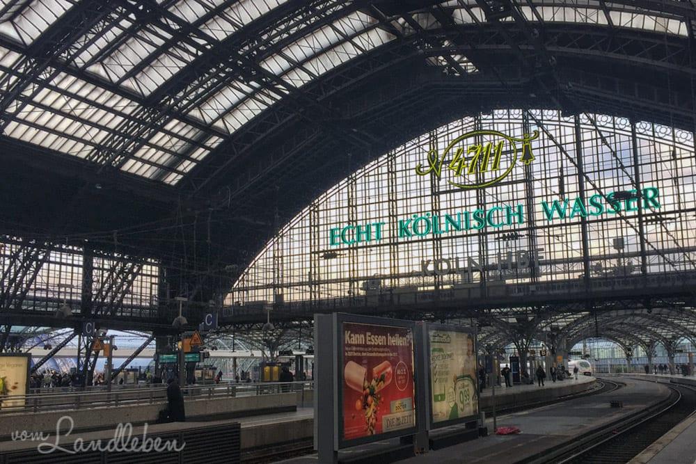 Pendeln vom Land in die Stadt – Kölner Hauptbahnhof