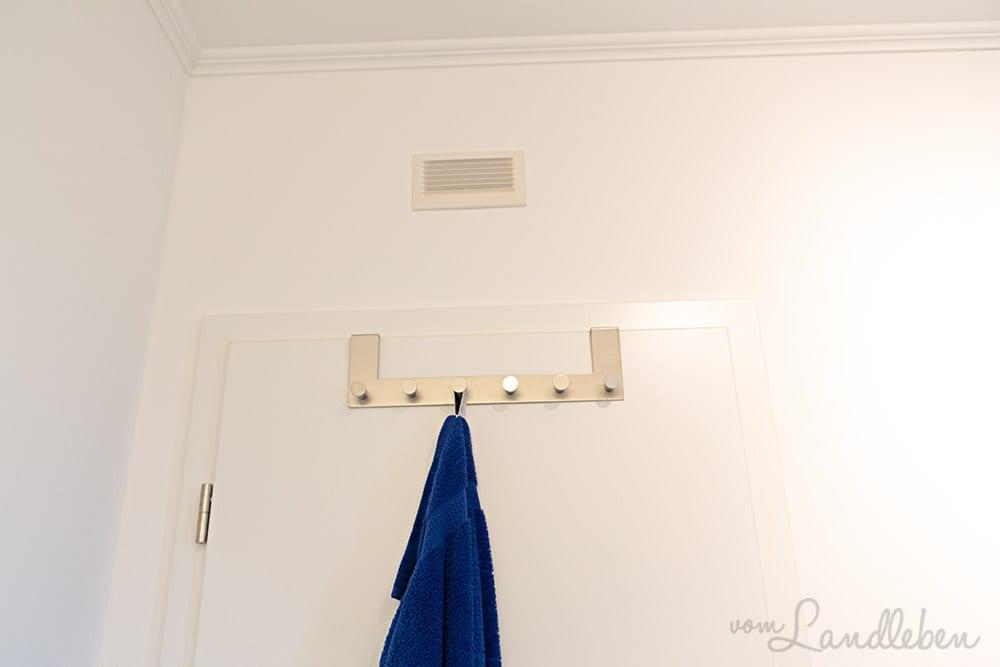 Zusätzliches Lüftungsgitter im Gäste-WC