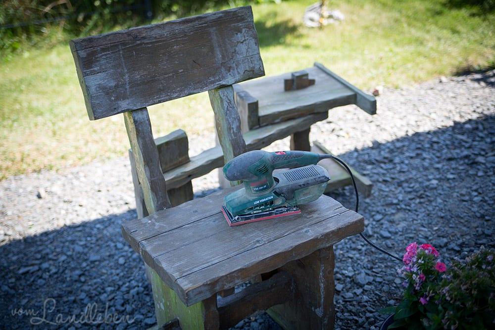 Alte Holzmöbel abschleifen