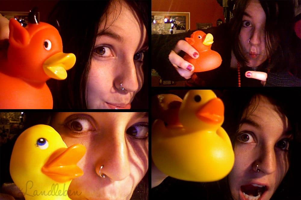 Selfie mit Quietscheente – 2008