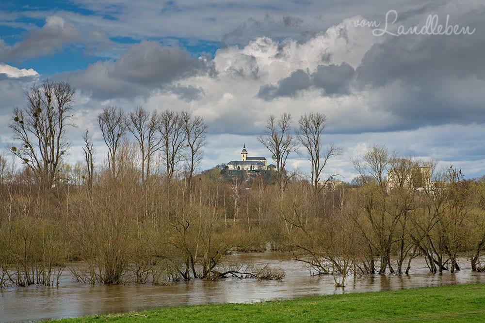 Hochwasser an der Sieg - Blick auf den Michaelsberg in Siegburg