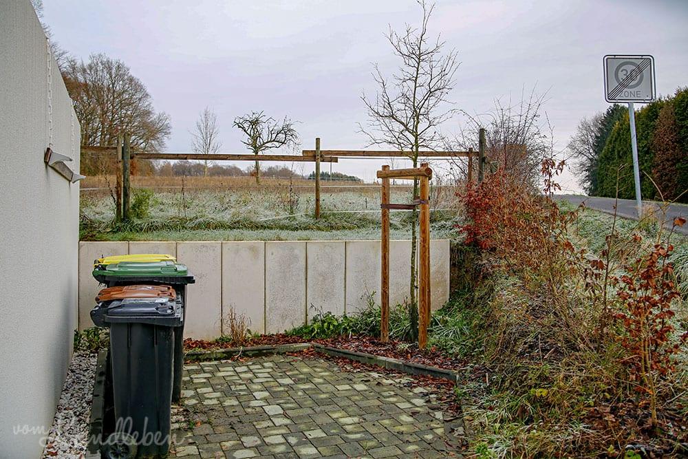Unser Vorgarten im Dezember 2019