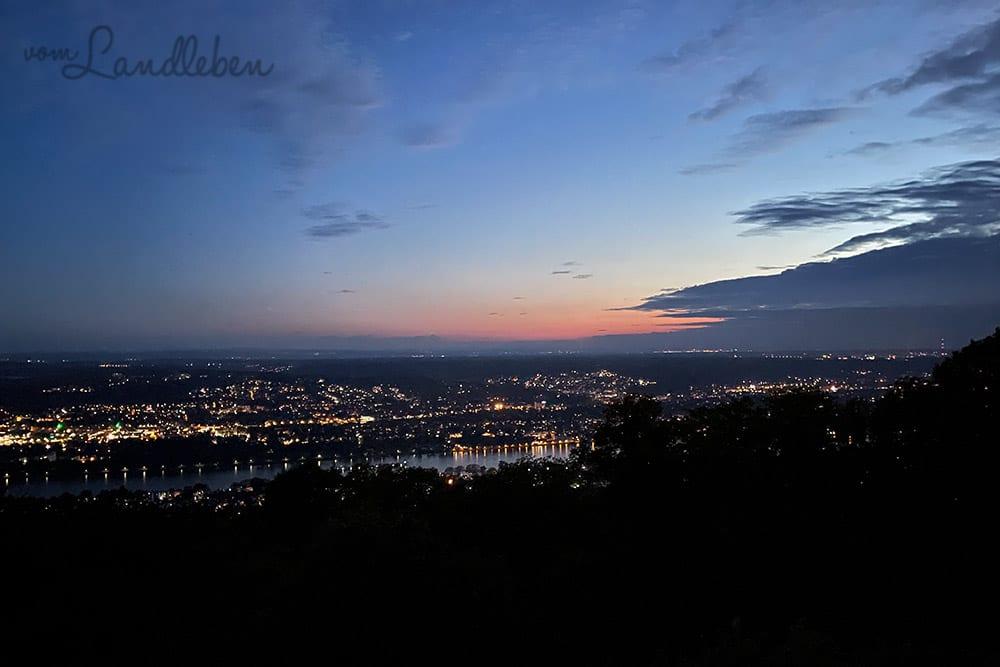 Blick vom Petersberg bei Nacht