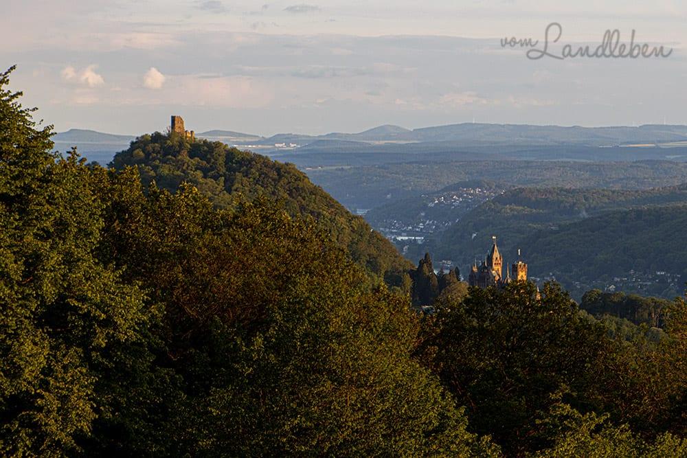 Ruine Drachenfels und Schloss Drachenburg